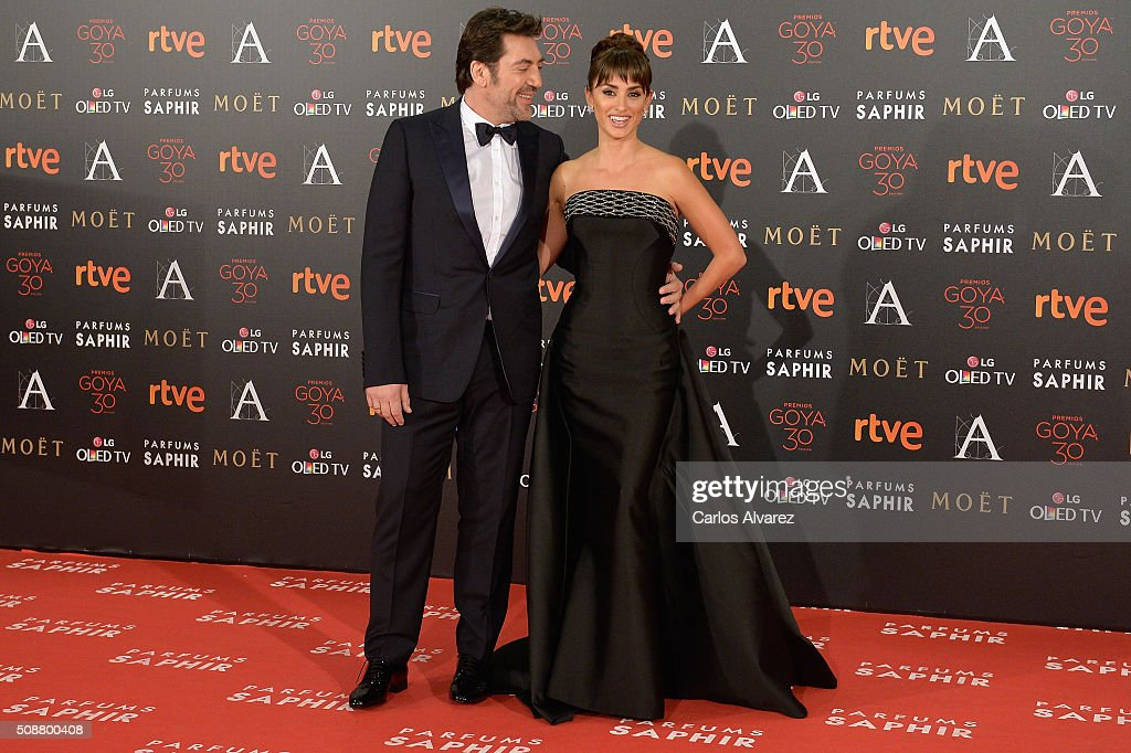 <a gi-track='captionPersonalityLinkClicked' href=/galleries/search?phrase=Javier+Bardem&family=editorial&specificpeople=209334 ng-click='$event.stopPropagation()'>Javier Bardem</a> and Penelope Cruz attend Goya Cinema Awards 2016 at Madrid Marriott Auditorium on February 6, 2016 in Madrid, Spain.