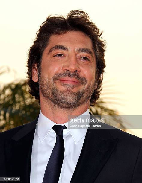 Javier Bardem attends the Palme d'Or Award Ceremony Photo Call held at the Palais des Festivals during the 63rd Annual International Cannes Film...
