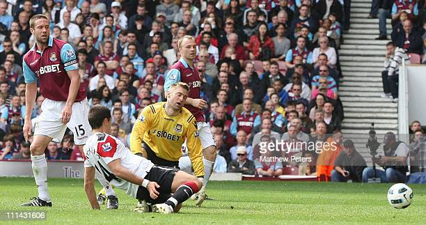 Javier 'Chicharito' Hernandez of Manchester United scores their fourth goal during the Barclays Premier League match between West Ham United and...