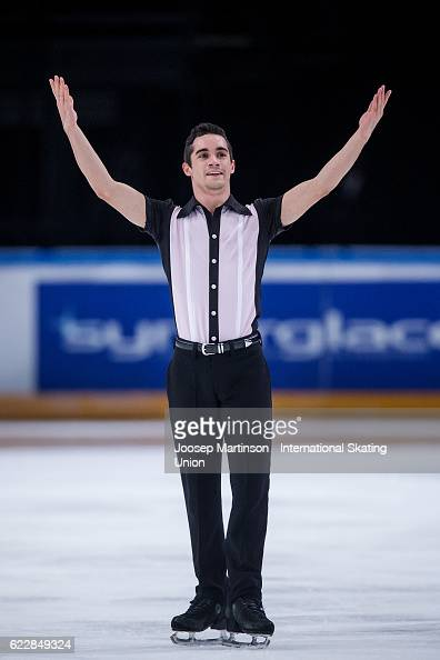 Javier Fernandez of Spain competes during Men's Free Skating on day two of the Trophee de France ISU Grand Prix of Figure Skating at Accorhotels...