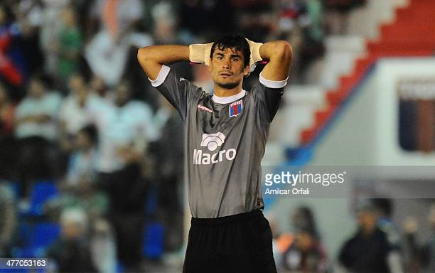 Javier Garcia of Tigre looks dejected during a match between Tigre and River Plate as part of sixth round of Torneo Final 2014 at Coliseo de Victoria...