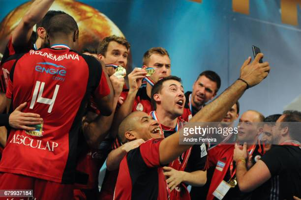 Javier Gonzalez of Chaumont and Sebastian Closter of Chaumont and Players of Chaumont celebrate during the Ligue A Final between Toulouse Spacers and...
