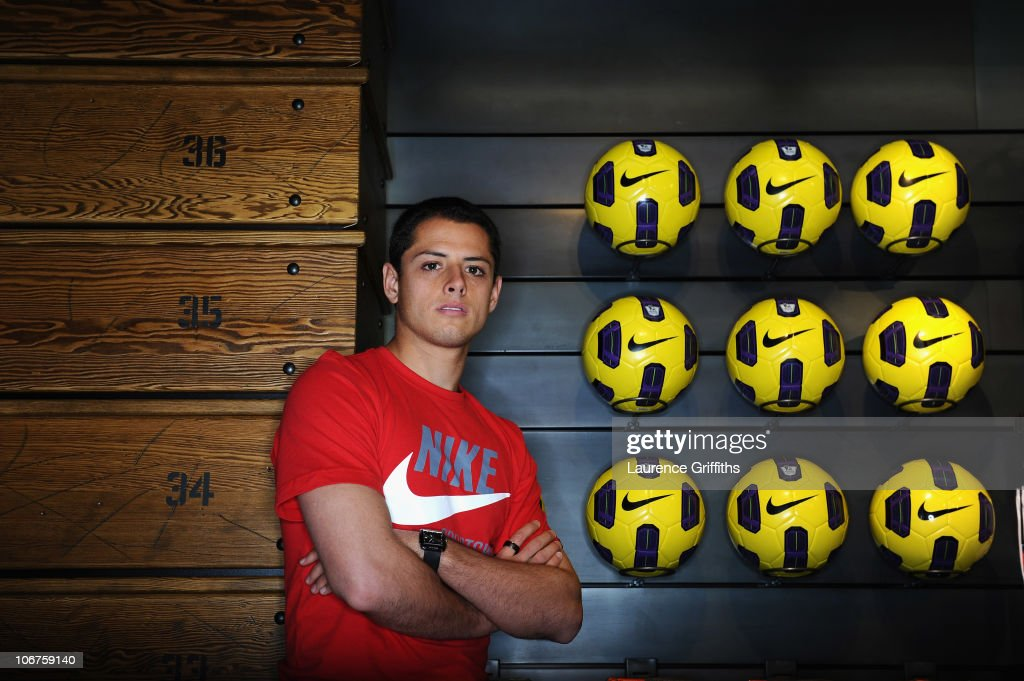 <a gi-track='captionPersonalityLinkClicked' href=/galleries/search?phrase=Javier+Hernandez+-+Voetballer&family=editorial&specificpeople=6733186 ng-click='$event.stopPropagation()'>Javier Hernandez</a> attends the opening of Nike�s first football only store in the world � the new Nike store on Manchester�s Market Street. The Nike Football Store has been expanded over two floors and is dedicated purely to football, football services and experiences to give fans the very best of Nike Football product, on November 11, 2010 in Manchester, England.