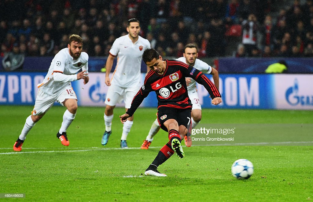 <a gi-track='captionPersonalityLinkClicked' href=/galleries/search?phrase=Javier+Hernandez+-+Voetballer&family=editorial&specificpeople=6733186 ng-click='$event.stopPropagation()'>Javier Hernandez</a> of Bayer Levekusen scores their first goal from a penalty during the UEFA Champions League Group E match between Bayer 04 Leverkusen and AS Roma at BayArena on October 20, 2015 in Leverkusen, Germany.