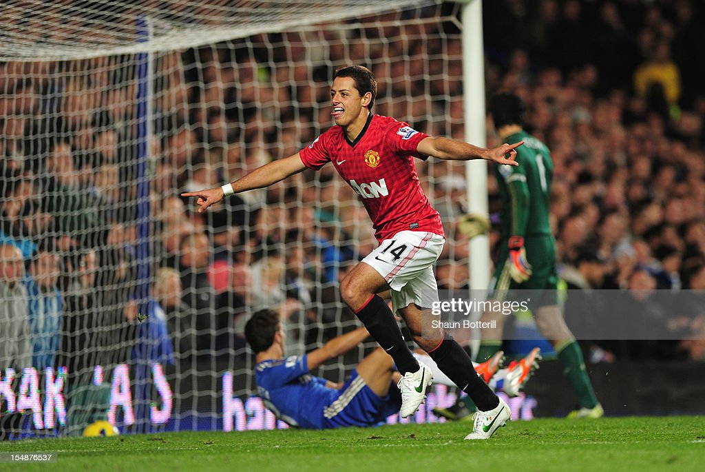 <a gi-track='captionPersonalityLinkClicked' href=/galleries/search?phrase=Javier+Hernandez+-+Soccer+Player&family=editorial&specificpeople=6733186 ng-click='$event.stopPropagation()'>Javier Hernandez</a> of Manchester United celebrates his goal during the Barclays Premier League match between Chelsea and Manchester United at Stamford Bridge on October 28, 2012 in London, England.