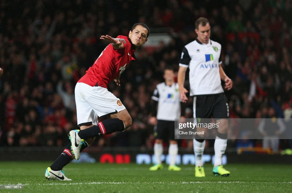 <a gi-track='captionPersonalityLinkClicked' href=/galleries/search?phrase=Javier+Hernandez+-+Soccer+Player&family=editorial&specificpeople=6733186 ng-click='$event.stopPropagation()'>Javier Hernandez</a> of Manchester United celebrates scoring from penalty spot during the Capital One Cup fourth round match between Manchester United and Norwich City at Old Trafford on October 29, 2013 in Manchester, England.