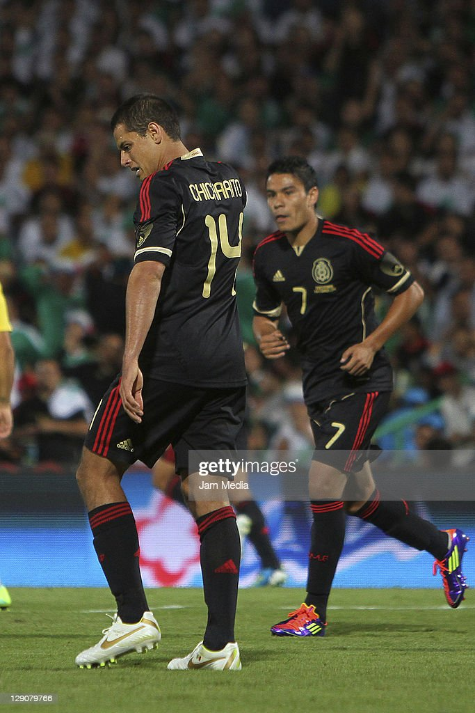 <a gi-track='captionPersonalityLinkClicked' href=/galleries/search?phrase=Javier+Hernandez+-+Soccer+Player&family=editorial&specificpeople=6733186 ng-click='$event.stopPropagation()'>Javier Hernandez</a> of Mexico reacts during a friendly match between Mexico National Team and Brasil National Team at the Georgia Dome on October 11, 2011 in Torreon, Mexico.