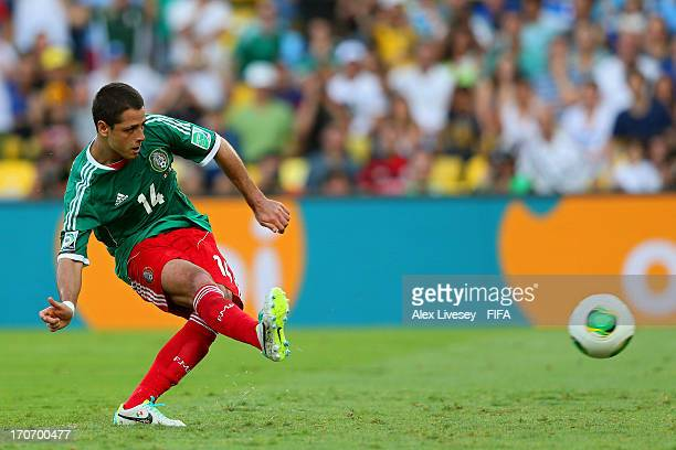 Javier Hernandez of Mexico scores his team's first goal from a penalty kick to make the score 11 during the FIFA Confederations Cup Brazil 2013 Group...