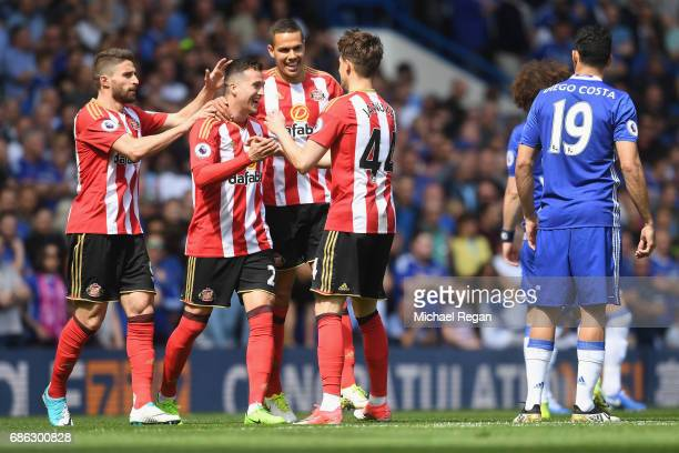 Javier Manquillo of Sunderlad celebrates scoring his sides first goal with his Sunderland team mates during the Premier League match between Chelsea...