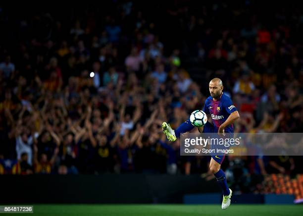 Javier Mascherano of Barcelona in action during the La Liga match between Barcelona and Malaga at Camp Nou on October 21 2017 in Barcelona Spain