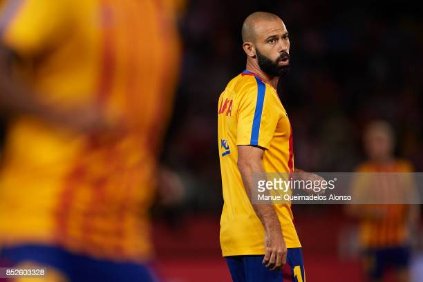Javier Mascherano of Barcelona warms up during the La Liga match between Girona and Barcelona at Municipal de Montilivi Stadium on September 23 2017...