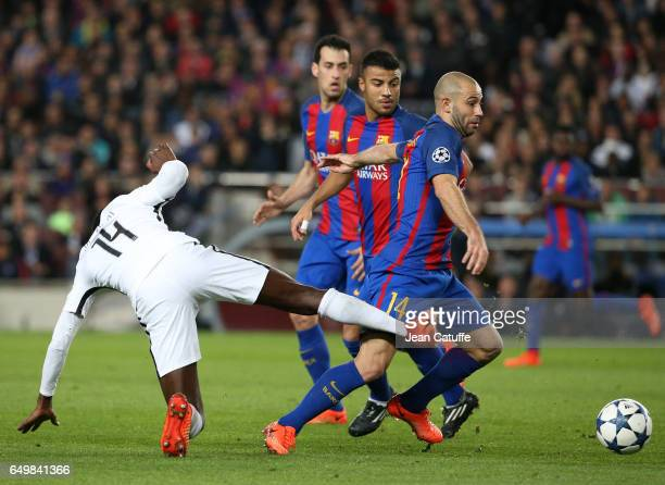 Javier Mascherano of FC Barcelona and Blaise Matuidi of PSG in action during the UEFA Champions League Round of 16 second leg match between FC...