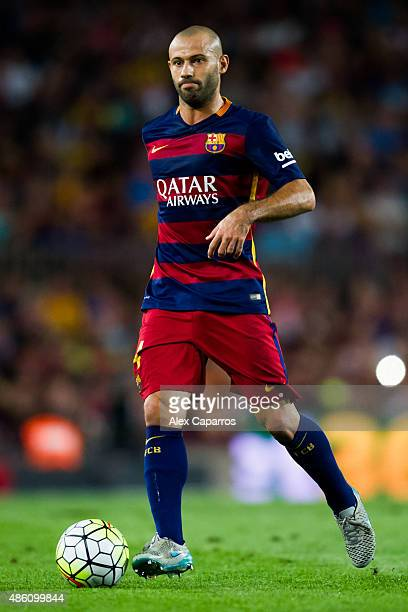 Javier Mascherano of FC Barcelona runs with the ball during the La Liga match between FC Barcelona and Malaga CF at Camp Nou on August 29 2015 in...