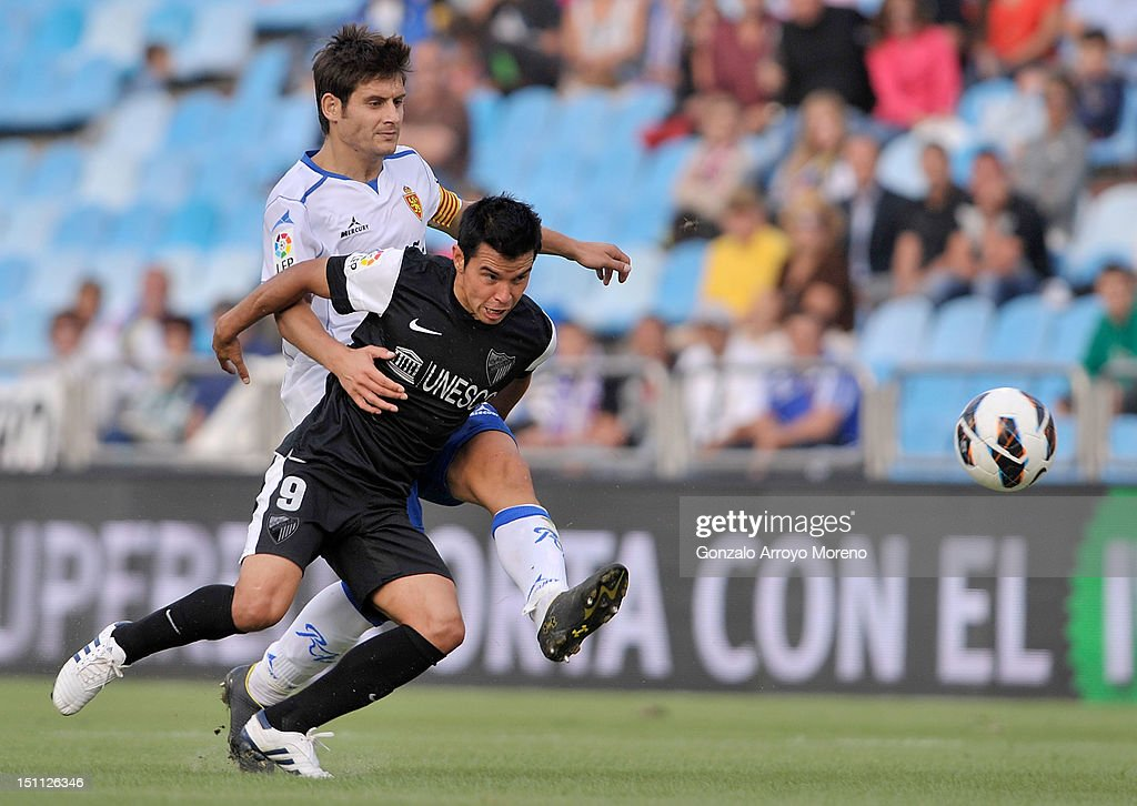 Javier paredes of real zaragoza duels for the ball with for Paredes zaragoza