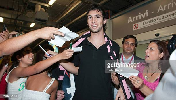 Javier Pastore new player of US Citta di Palermo football club arrives at FalconeBorsellino airport on July 17 2009 in Cinisi near Palermo Italy