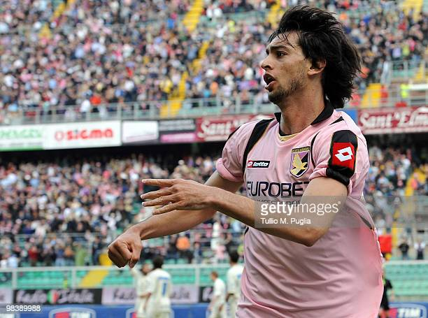Javier Pastore of Palermo celebrates the equalizing goal during the Serie A match between US Citta di Palermo and AC Chievo Verona at Stadio Renzo...