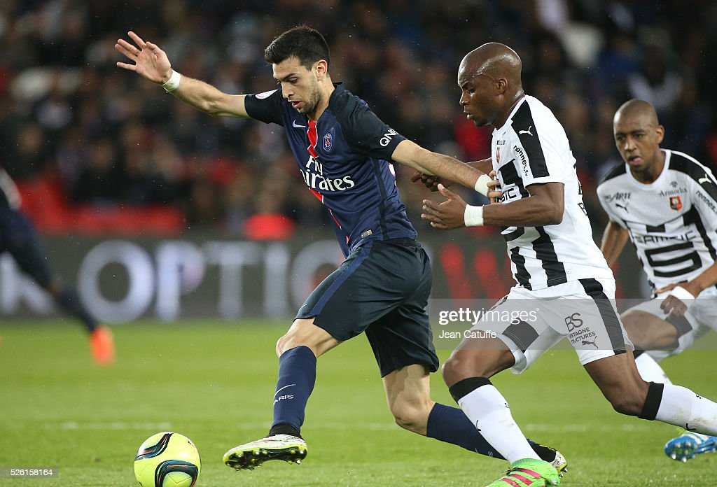 <a gi-track='captionPersonalityLinkClicked' href=/galleries/search?phrase=Javier+Pastore&family=editorial&specificpeople=5857872 ng-click='$event.stopPropagation()'>Javier Pastore</a> of PSG and <a gi-track='captionPersonalityLinkClicked' href=/galleries/search?phrase=Yacouba+Sylla&family=editorial&specificpeople=7427297 ng-click='$event.stopPropagation()'>Yacouba Sylla</a> of Rennes in action during the French Ligue 1 match between Paris Saint-Germain (PSG) and Stade Rennais FC at Parc des Princes stadium on April 29, 2016 in Paris, France.
