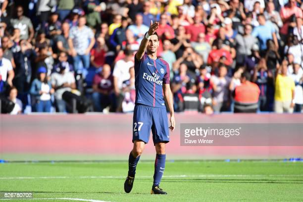 Javier Pastore of PSG celebrates putting his side 20 ahead during the Ligue 1 match between Paris Saint Germain and Amiens SC at Parc des Princes on...