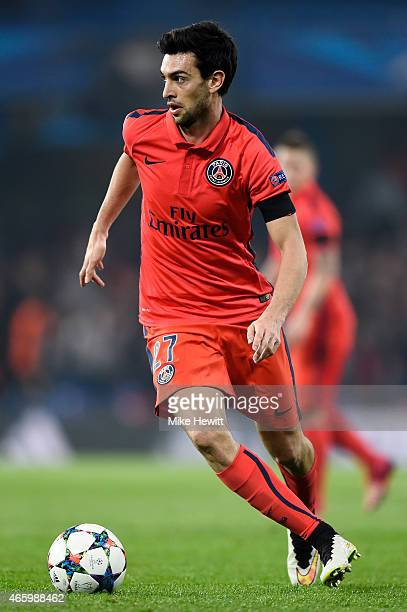 Javier Pastore of PSG runs with the ball during the UEFA Champions League Round of 16 second leg match between Chelsea and Paris SaintGermain at...