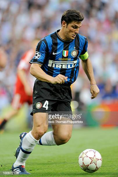 Javier Zanetti of Inter Milan during the UEFA Champions League Final match between Bayern Munich and Inter Milan at the Estadio Santiago Bernabeu on...