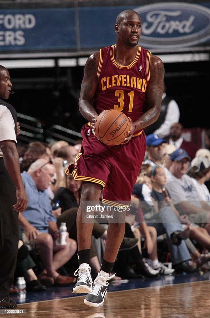 <a gi-track='captionPersonalityLinkClicked' href=/galleries/search?phrase=Jawad+Williams&family=editorial&specificpeople=200696 ng-click='$event.stopPropagation()'>Jawad Williams</a> #31 of the Cleveland Cavaliers in action during a preseason game against the Dallas Mavericks on October 11, 2010 at the American Airlines Center in Dallas, Texas.