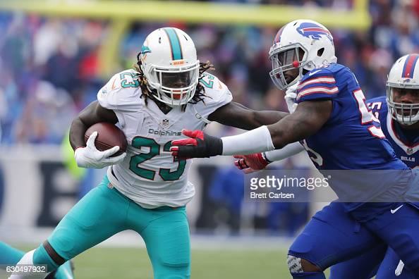 Miami Dolphins v Buffalo Bills : News Photo