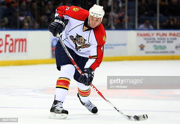 Jay Bouwmeester of the Florida Panthers skates against the New York Islanders on January 31 2009 at Nassau Coliseum in Uniondale New York The Isles...