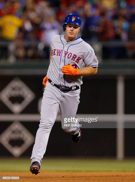 Jay Bruce of the New York Mets circles the bases after hitting a home run during a game against the Philadelphia Phillies at Citizens Bank Park on...