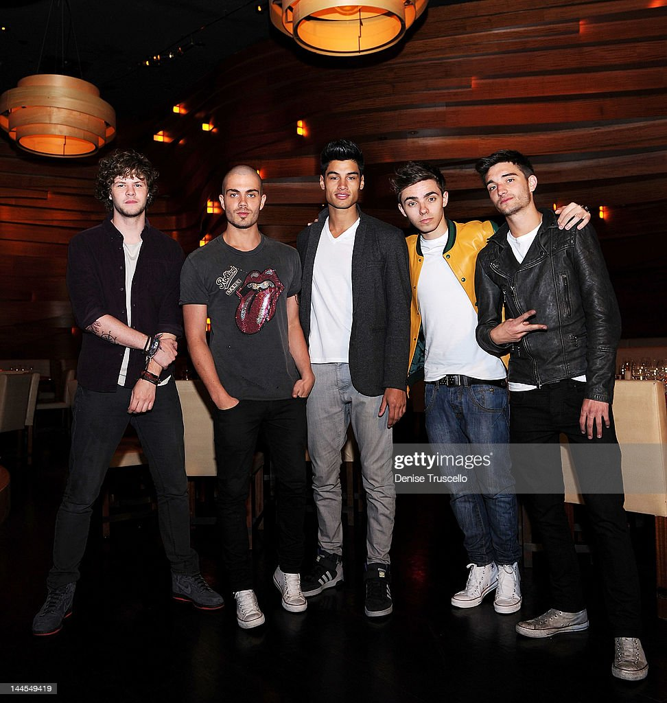 The Wanted Portraits At Stack Restaurant At The Mirage