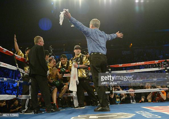 Jay Nady call the fight prior to Mike Alvarado coming out for the 4th round during his fight with Brandon Rios for the WBO International Welterweight...