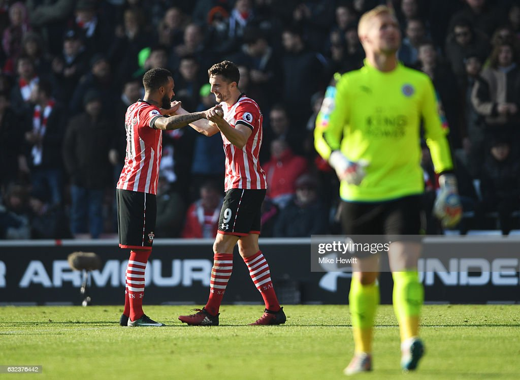 Jay Rodriguez (C) of Southampton celebrates scoring his team's second goal wit his team mate Ryan Bertrand (L) during the Premier League match between Southampton and Leicester City at St Mary's Stadium on January 22, 2017 in Southampton, England.