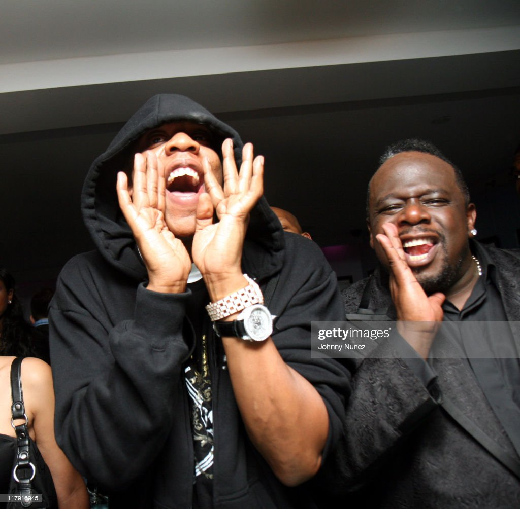 Jay z and cedric the entertainer during alex rodriguez and for Alex rodriguez mercedes benz
