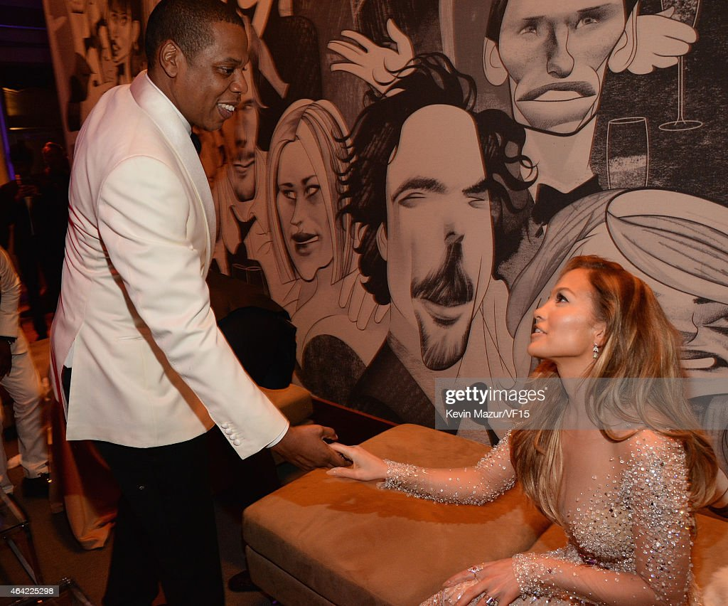 Jay Z and Jennifer Lopez attend the 2015 Vanity Fair Oscar Party hosted by Graydon Carter at the Wallis Annenberg Center for the Performing Arts on...