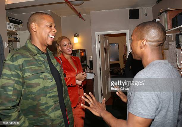 Jay Z Beyonce and Leslie Odom Jr chat backstage at the hit musical 'Hamilton' on Broadway at The Richard Rogers Theater on October 21 2015 in New...