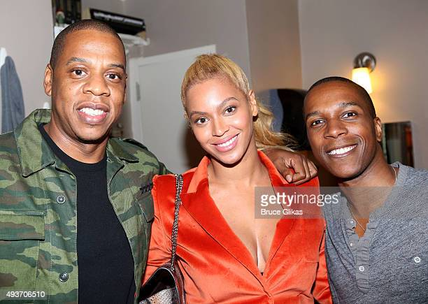 Jay Z Beyonce and Leslie Odom Jr pose backstage at the hit musical 'Hamilton' on Broadway at The Richard Rogers Theater on October 21 2015 in New...
