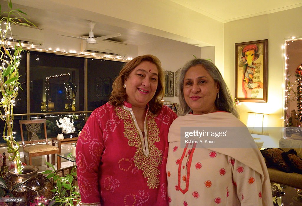 <a gi-track='captionPersonalityLinkClicked' href=/galleries/search?phrase=Jaya+Bachchan&family=editorial&specificpeople=1026829 ng-click='$event.stopPropagation()'>Jaya Bachchan</a> attends Rima Jain's Ganpati Aarti on the sixth day of the ongoing Ganesh Chaturthi festival on September 22, 2015 in Mumbai, India.