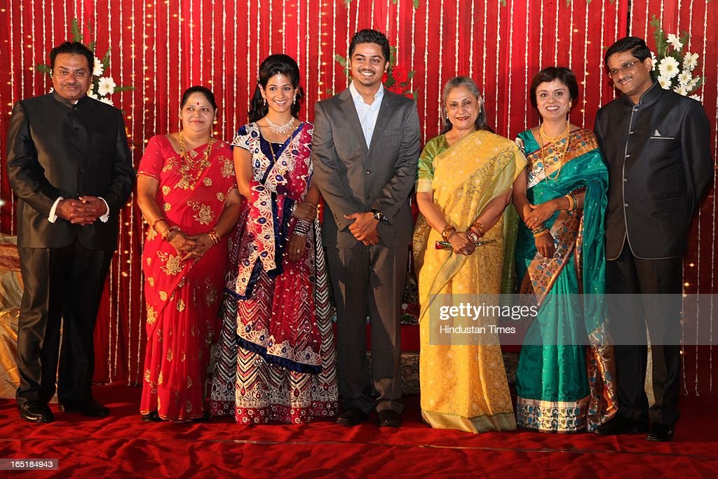 Jaya Bachchan pose with couple Swati Thorat and Ameya Yeravdekar and their families during the wedding reception at Delhi Gymkhana on March 22, 2013 in New Delhi, India.