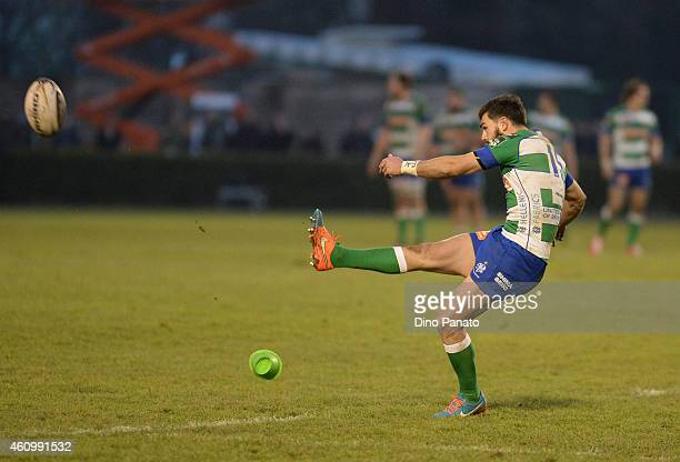 Jayden Hayward of Benetton Treviso scores a penalty kick during the Guinness Pro 12 match between Benetton Treviso and Zebre Parma at Stadio comunale...