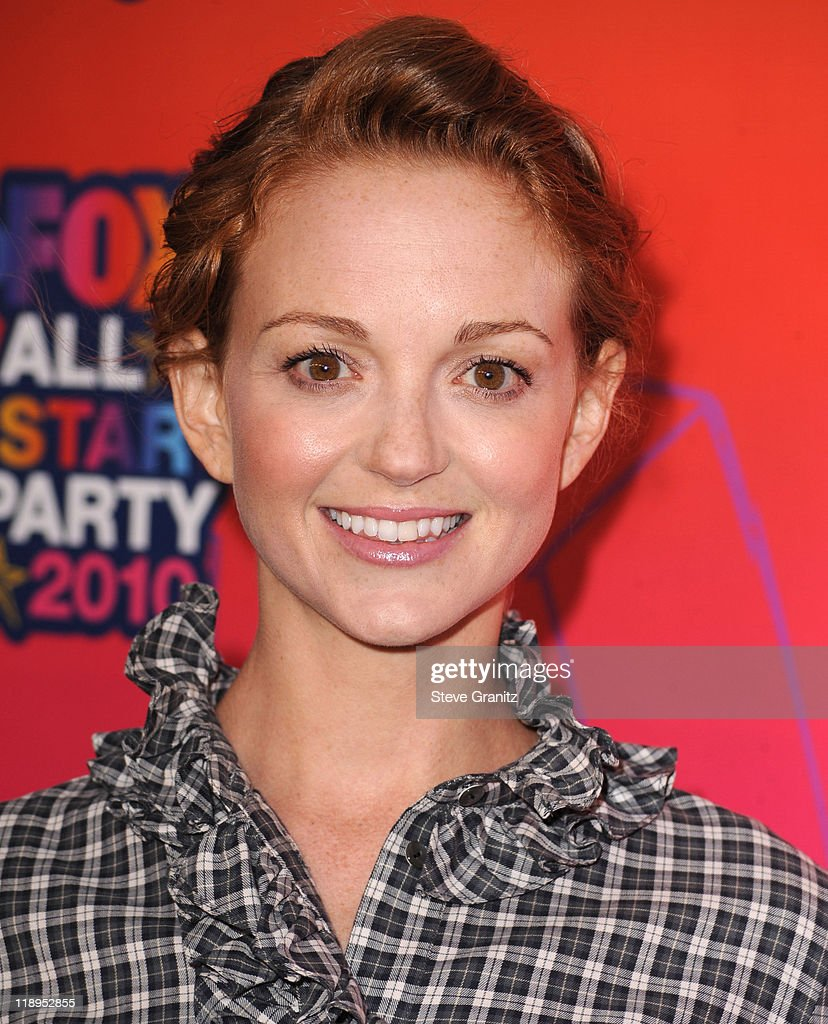 Jayma Mays arrives at the FOX 2010 Summer TCA All-Star Party on August 2, 2010 in Santa Monica, California. at Pacific Park .