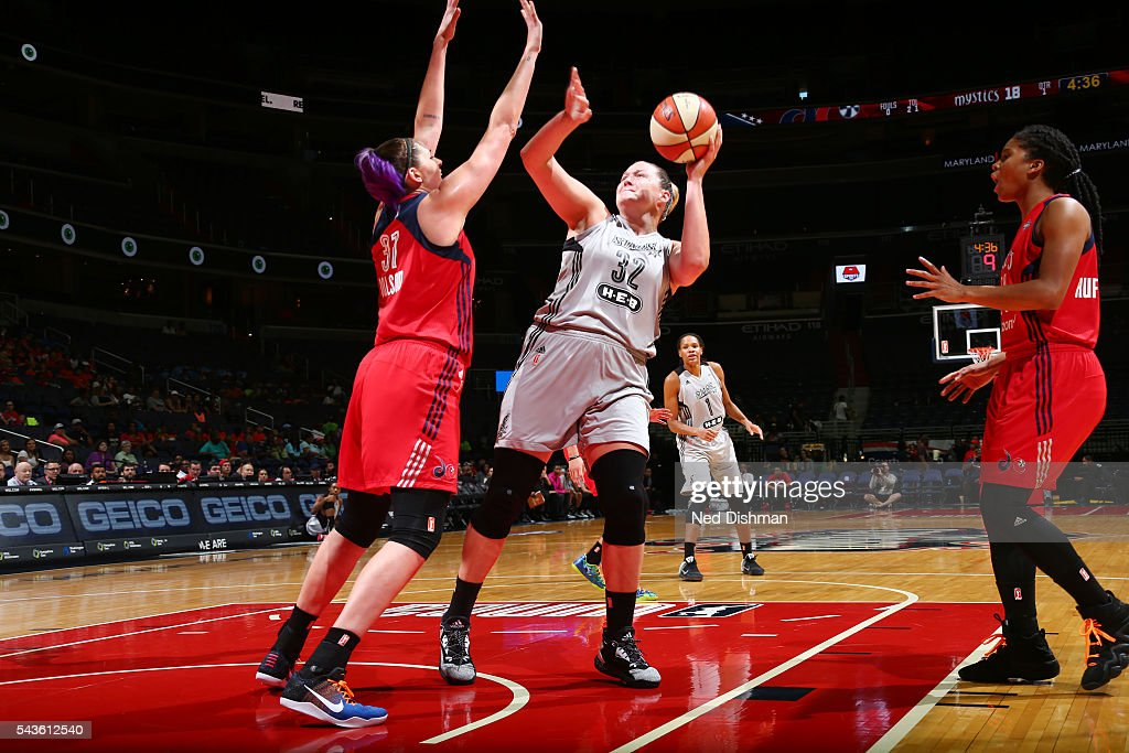 Jayne Appel-Marinelli #32 of the San Antonio Stars goes for a layup against the Washington Mystics on June 29, 2016 at the Verizon Center in Washington, DC.