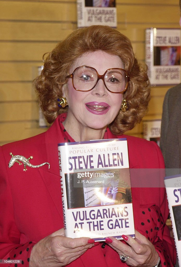 <a gi-track='captionPersonalityLinkClicked' href=/galleries/search?phrase=Jayne+Meadows&family=editorial&specificpeople=93583 ng-click='$event.stopPropagation()'>Jayne Meadows</a> during <a gi-track='captionPersonalityLinkClicked' href=/galleries/search?phrase=Jayne+Meadows&family=editorial&specificpeople=93583 ng-click='$event.stopPropagation()'>Jayne Meadows</a> Book Signing at Barnes & Noble in Santa Monica, California, United States.