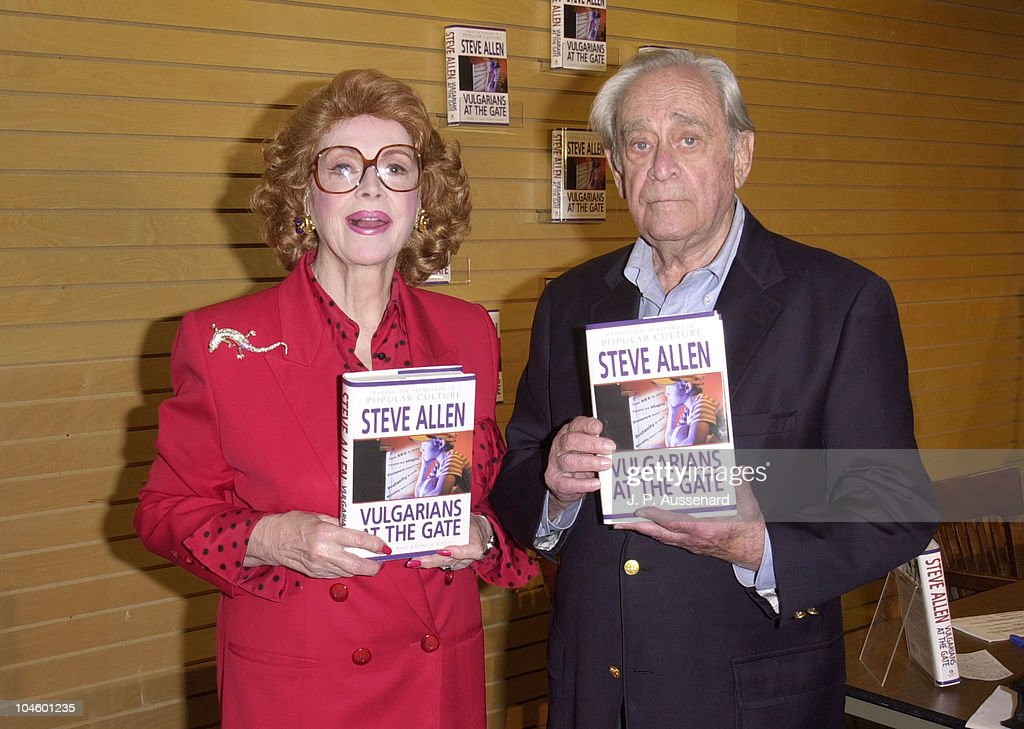 <a gi-track='captionPersonalityLinkClicked' href=/galleries/search?phrase=Jayne+Meadows&family=editorial&specificpeople=93583 ng-click='$event.stopPropagation()'>Jayne Meadows</a> & Louis Nye during <a gi-track='captionPersonalityLinkClicked' href=/galleries/search?phrase=Jayne+Meadows&family=editorial&specificpeople=93583 ng-click='$event.stopPropagation()'>Jayne Meadows</a> Book Signing at Barnes & Noble in Santa Monica, California, United States.