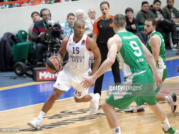 Jayson Granger of Anadolu Efes in action against Artsiom Parakhouski and Joaquin Colom of UNICS Kazan during the Turkish Airlines Euroleague...