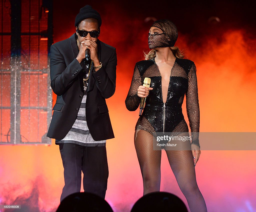 <a gi-track='captionPersonalityLinkClicked' href=/galleries/search?phrase=Jay-Z&family=editorial&specificpeople=201664 ng-click='$event.stopPropagation()'>Jay-Z</a> and Beyonce perform during the 'On The Run Tour: Beyonce And <a gi-track='captionPersonalityLinkClicked' href=/galleries/search?phrase=Jay-Z&family=editorial&specificpeople=201664 ng-click='$event.stopPropagation()'>Jay-Z</a>' at MetLife Stadium on July 11, 2014 in East Rutherford, New Jersey.