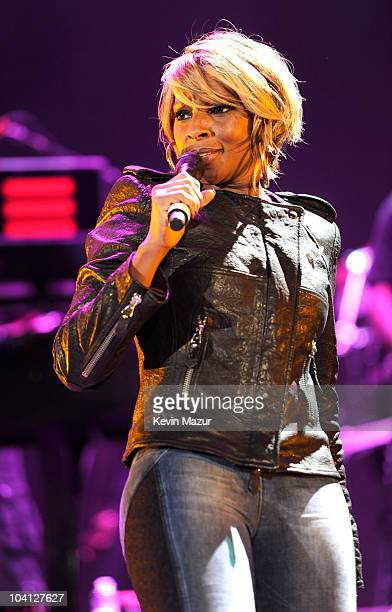 JayZ and Mary J Blige perform at Yankee Stadium on September 15 2010 in New York City