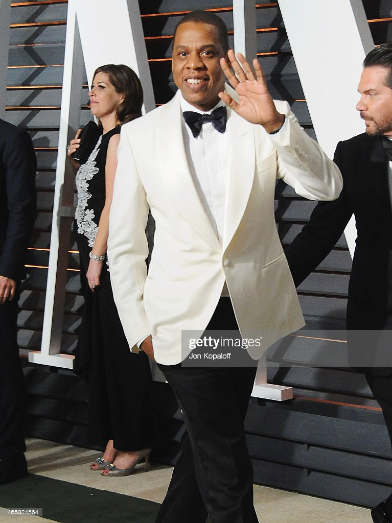 Jay-Z arrives at the 2015 Vanity Fair Oscar Party Hosted By Graydon Carter at Wallis Annenberg Center for the Performing Arts on February 22, 2015 in Beverly Hills, California.