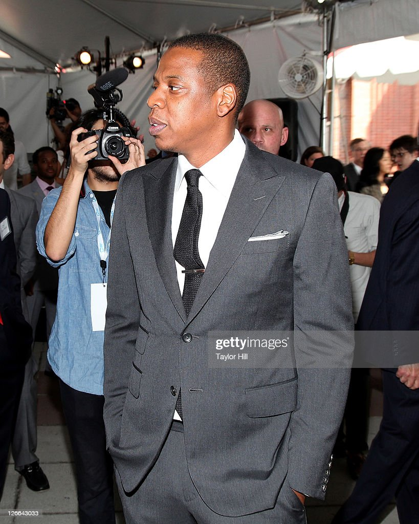 <a gi-track='captionPersonalityLinkClicked' href=/galleries/search?phrase=Jay-Z&family=editorial&specificpeople=201664 ng-click='$event.stopPropagation()'>Jay-Z</a> arrives at the Barclays Center press conference at Atlantic Terminal on September 26, 2011 in the Brooklyn borough of New York City.