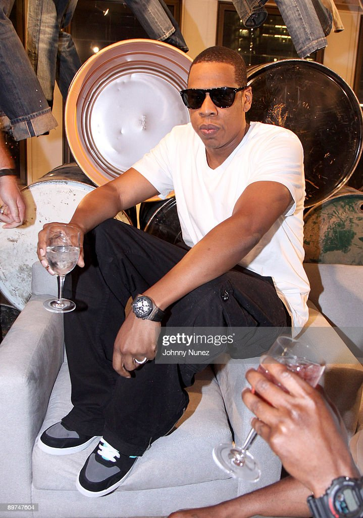 <a gi-track='captionPersonalityLinkClicked' href=/galleries/search?phrase=Jay-Z&family=editorial&specificpeople=201664 ng-click='$event.stopPropagation()'>Jay-Z</a> attends Rocawear's 10th Anniversary party at the Rocawear Showroom on August 10, 2009 in New York City.
