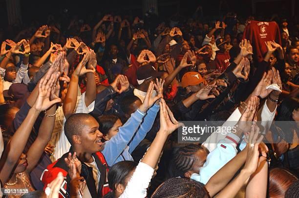 JayZ crowd