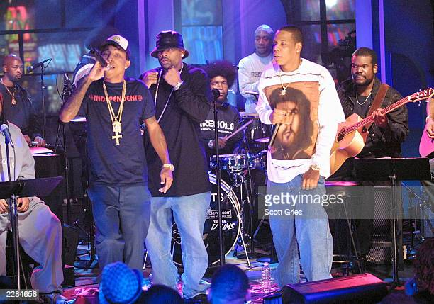 JayZ performs with Damon Dash Pharell Williams of The Neptunes and The Roots on 'MTV Unplugged' at the MTV studios in New York City 11/18/01 Photo by...